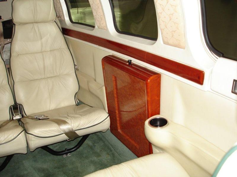Beechcraft Baron 58 - Default